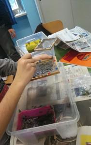 Dal processo industriale alla sperimentazione in aula: il riciclo della carta